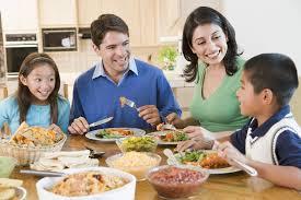 El uso como vivienda habitual requisito para la exención del iva, sea el arrendatario un particular o una persona jurídica.